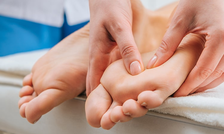 Foot Massage In Kanpur